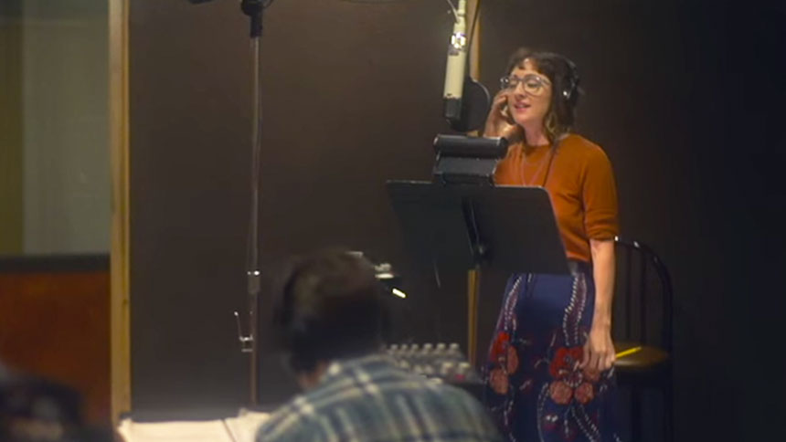 Hot Clip of the Day: Carmen Cusack's Gorgeous Voice Is Go...
