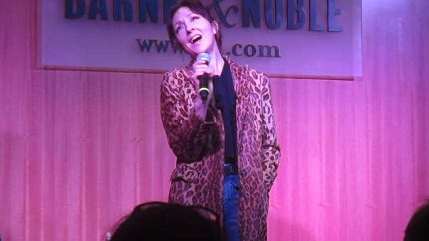 Hot Clip of the Day: Carmen Cusack Will Give You Life Sin...