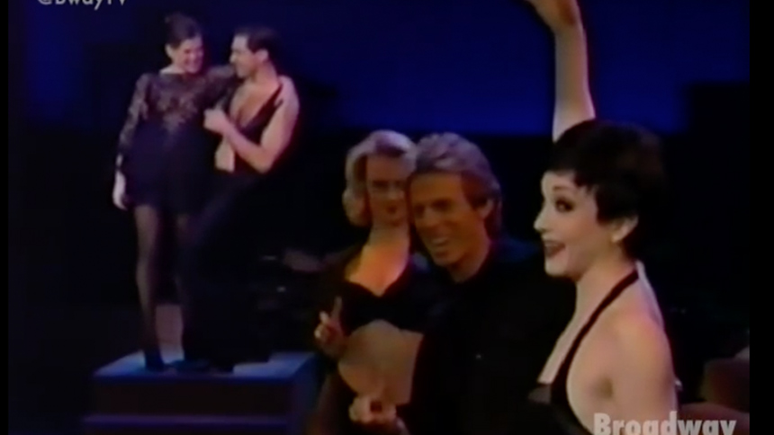 Hot Clip of the Day: Original Chicago Revival Stars Perfo...