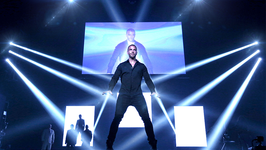 Meet the Magician: The Illusionists' James More