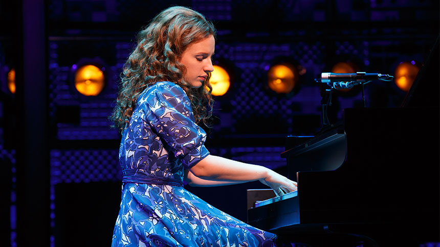 Five Burning Questions with Broadway's Carole King, Beaut...