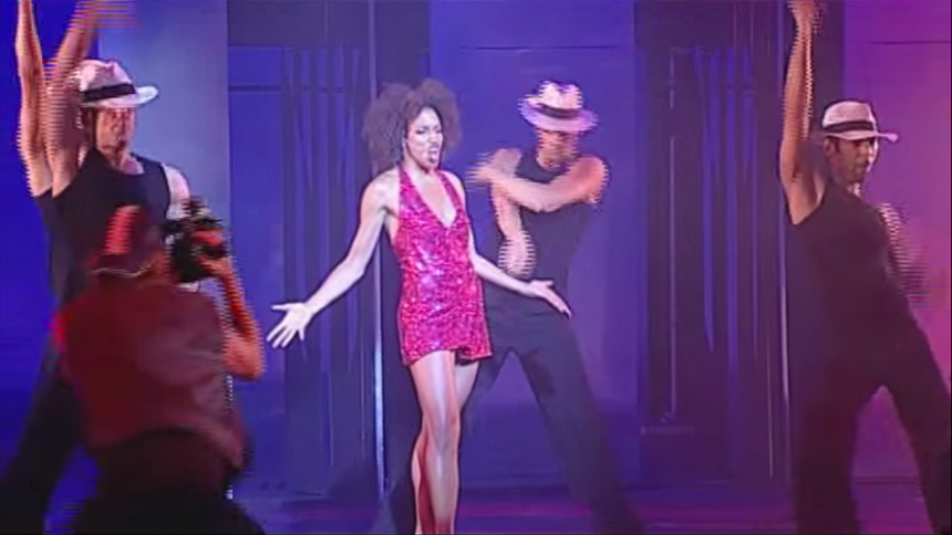 Watch Chicago's New Velma, Lana Gordon, Take On Funny Gir...