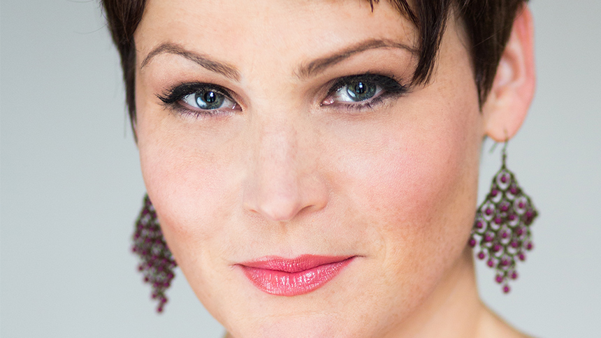 Goofy, Optimistic & Vulnerable: Lisa Howard Lays It All O...