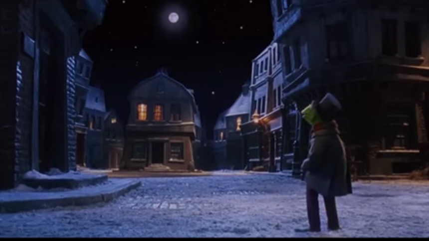 Hot Clip of the Day: Giving It Up for Muppets Christmas C...