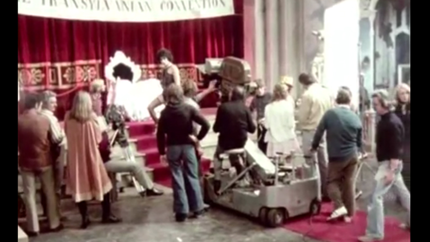 Hot Clip of the Day: Time Warp Back to London as They Fil...