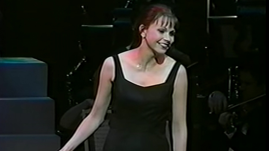 Hot Clip of the Day: Sutton Foster Is the Greatest Star