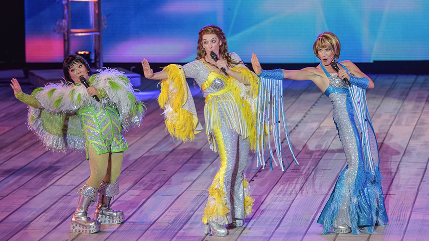 12 Thoughts We Had While Watching The MUNY's Mamma Mia!