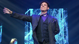Meet the Magician: The Illusionists' Raymond Crowe