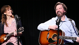 "Broadway Unplugged: Maggie Hollinbeck & Scott Wakefield Perform an Acoustic Cover of Jerry Garcia's ""Ripple"" from the Musical Red Roses, Green Gold"
