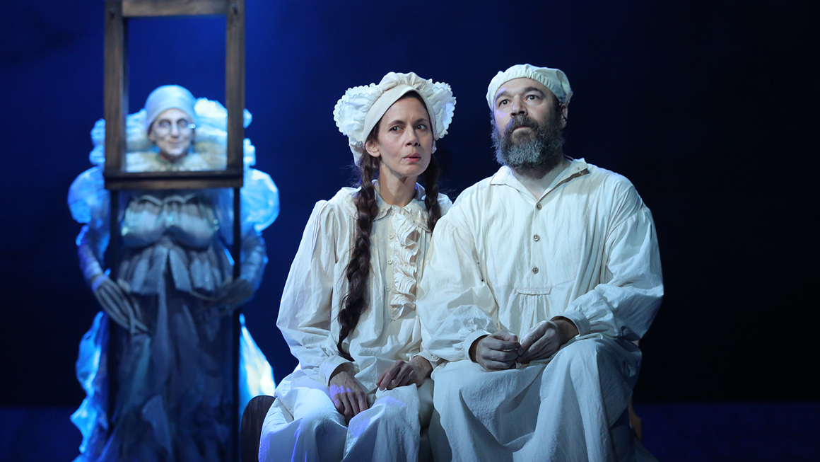 Superb Danny Burstein As Tevye And Jessica Hecht As Golde In Fiddler On The Roof