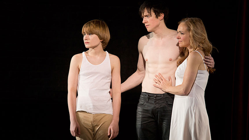 Pippin- Ending- Theo-Broadway