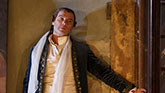 Liev Schreiber as Le Vicomte de Valmont in 'Les Liaisons Dangereuses'