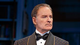 Kevin Kline as Garry in Present Laughter