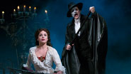 Mary Michael Patterson as Christine and Hugh Panaro as The Phantom in Phantom of the Opera.